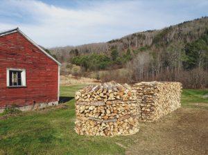 Holz-Hausen-Womanswork
